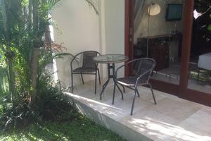 M Suite Bali - Teras