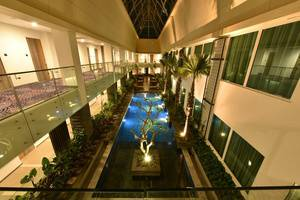 Holiday Inn Pasteur Bandung Bandung - Indoor Pool