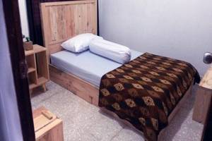 Rumah Roso Homestay Yogyakarta - Kamar tamu