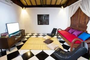 Kubu Ampo Villa Bali - Interior