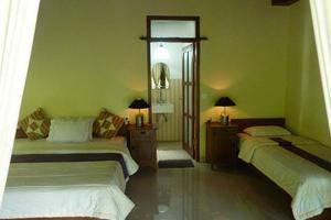 Amed Cafe Hotel Bali - (05/May/2014)
