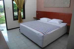 Bandengan Beach Hotel Jepara - Kamar tamu