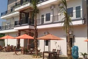 Bandengan Beach Hotel Jepara - Building