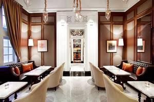 Hermitage Hotel Jakarta - Lounge