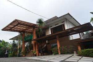 The Cipaku Garden Hotel Bandung - Appearance