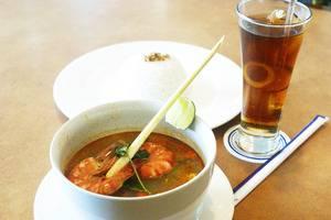 The Acacia Hotel Jakarta - tom yum