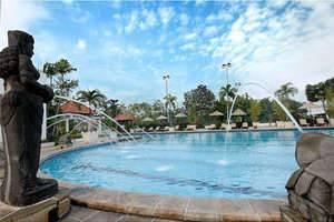 Bumi Surabaya City Resort Surabaya - Pool