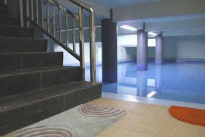 Sabda Guesthouse Jakarta - Swimming Pool