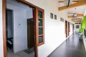 NIDA Rooms Gejayaan Kepuh GK III Jogja - Teras