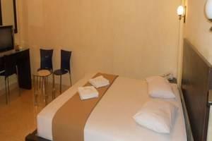 Parma City Hotel Pekanbaru - Kamar Tamu