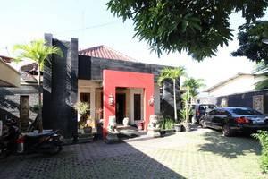 RedDoorz Plus  near Tugu Jogja 2