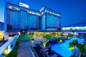 Prama Grand Preanger Bandung - Pool