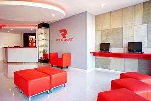 Red Planet Makassar - Lobby