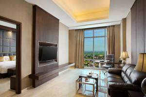 Best Western Solo - Suite Living Room