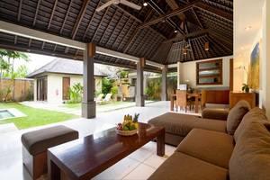 Grand Avenue Bali - 4 Bedrooms Pool Villa