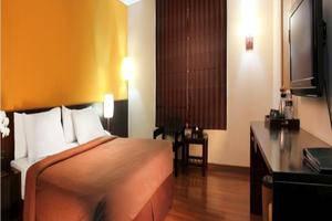 Gumilang Regency Hotel Bandung - Deluxe Queen
