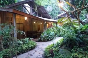 Imah Seniman Bandung - Lihat di kamar executive