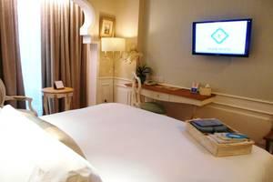 Noor Hotel Bandung - Deluxe King