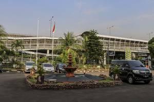 NIDA Rooms Ahmad Yani Cempaka - Tampilan Luar Hotel