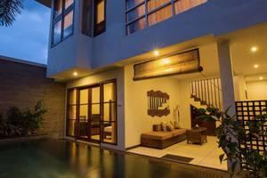 Munari Villa and Spa Batubulan Bali - Kolam Renang
