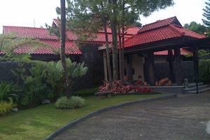 Dago Highland Resort Bandung - Lobi Hotel