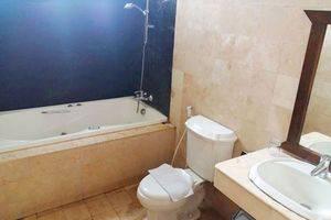 Dago Highland Resort Bandung - Bathroom Executive