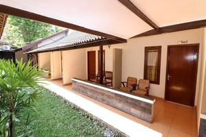 NIDA Rooms Sangaji 68 Tugu Jogja - Teras