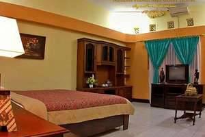 Ndalem Padma Asri Yogyakarta - Suite (Bima)
