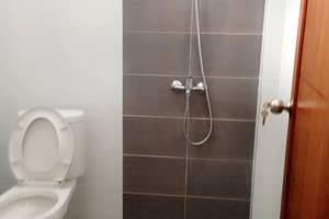 Ndalem Padma Asri Yogyakarta - Kamar mandi