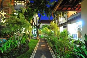 Sandat Hotel Legian - Taman