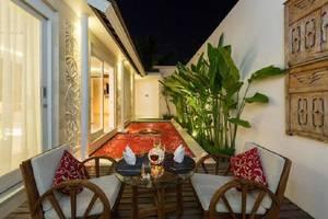 Crown Bali Villas Seminyak Bali - Ruang tamu