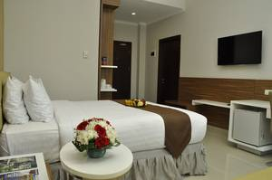 Lorin Hotel Sentul Bogor - Deluxe Room