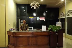 Hotel Griya Tirta Bangka - Receptionist