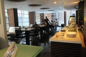Studio One Hotel Jakarta - Restaurant