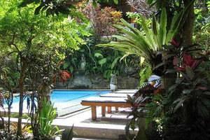 Gusti Garden Bungalows Bali - Kolam Renang