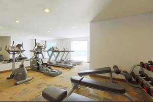 Holiday Inn Express Jakarta Pluit Citygate - Gym