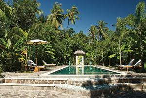 Cili Emas Oceanside Resort