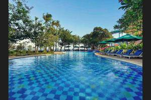 Mercure Convention Center Ancol - Outdoor Pool