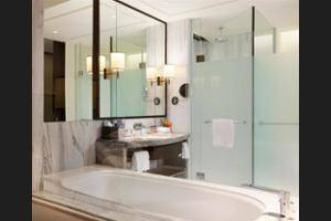 Sheraton Grand Jakarta Gandaria City Hotel Jakarta - In-Room Amenity
