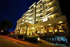 M Regency Hotel Makassar