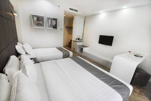 Dreamtel Hotel Jakarta - Executive Superior Triple
