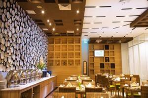 Ayola First Point Pekanbaru Pekanbaru - Restoran
