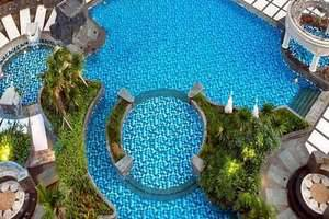 Aston Marina - Swimming Pool