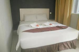 Cavery Beach Hotel Padang - Kamar tamu