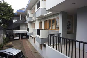 RedDoorz @Kebon Jeruk Jakarta - Balkon