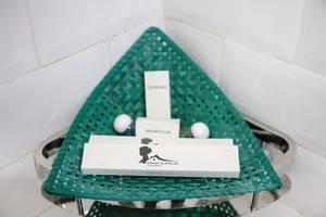 Omah Njonja Bed & Brasserie Yogyakarta - Guest's Amenities