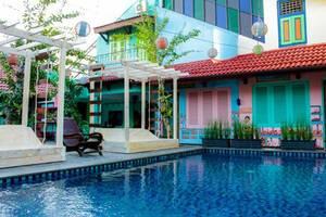Omah Njonja Bed & Brasserie Yogyakarta - Pool