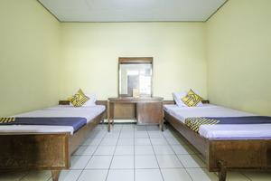 SPOT ON 1970 Hotel Priangan