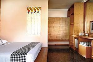 Wida Hotel Bali - Kamar Deluxe Double