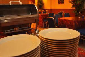 Hotel New Idola Jakarta - Ruang makan